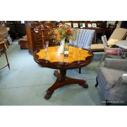 Center Table Windsor