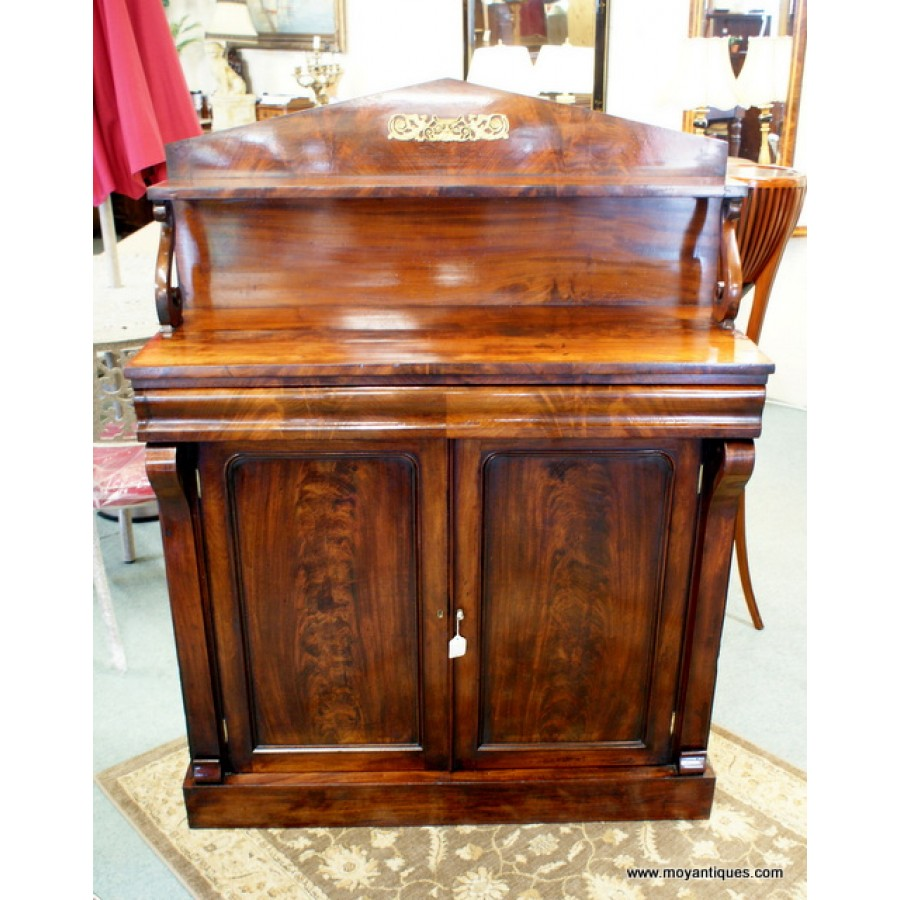 Willian IV Chiffonier
