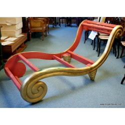 Scroll Frame Chaise