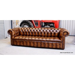 Chesterfield Sofa 4 seater Buttons